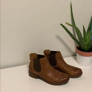 Sofft leather booties